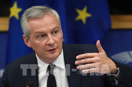 Bộ trưởng Kinh tế Pháp cảnh báo về Brexit