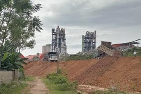 Yêu cầu Nghệ An xử lý ô nhiễm môi trường khu vực Nhà máy xi măng Sông Lam