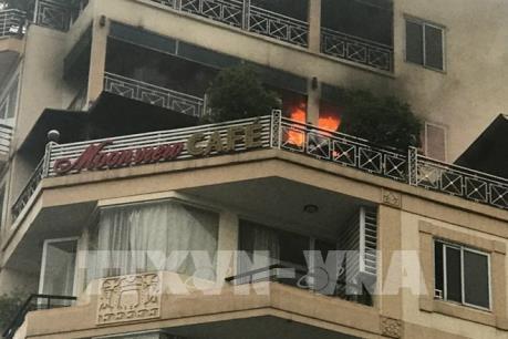 Cháy khách sạn ở phố cổ, Hà Nội