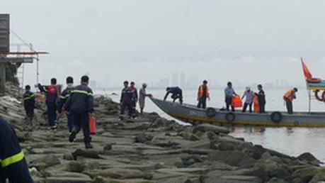 Đà Nẵng: Tàu chở dầu đâm vào cầu cảng có nguy cơ tràn dầu ra biển
