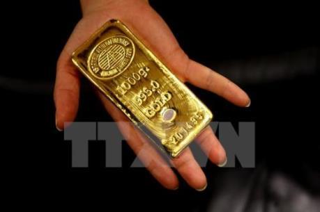 Giá vàng thế giới tuần qua vẫn chịu sức ép từ lãi suất