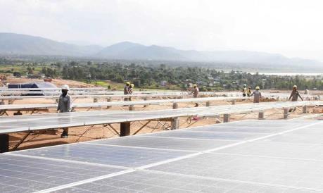 Đưa Nhà máy Điện mặt trời Krông Pa vào hoạt động