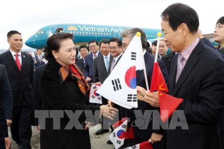 Chủ tịch Quốc hội Nguyễn Thị Kim Ngân bắt đầu thăm chính thức Đại Hàn Dân Quốc