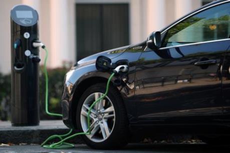 Mỹ xem xét rút lại ưu đãi thuế liên bang cho tất cả các loại xe điện