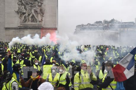 """Phong trào """"Áo vàng"""" - Cú sốc của nước Pháp (Phần 2)"""