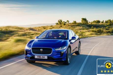 Xe điện Jaguar I-PACE được đánh giá 5 sao về độ an toàn