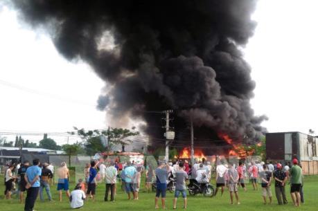 Thành phố Hồ Chí Minh: Cháy lớn tại 3 kho xưởng chứa phế liệu