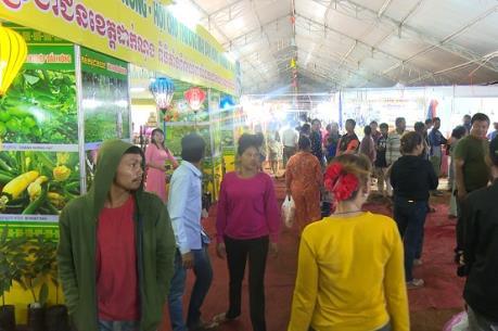 Khai mạc Hội chợ Thương mại Quốc tế Việt Nam- Campuchia tại Đắk Nông
