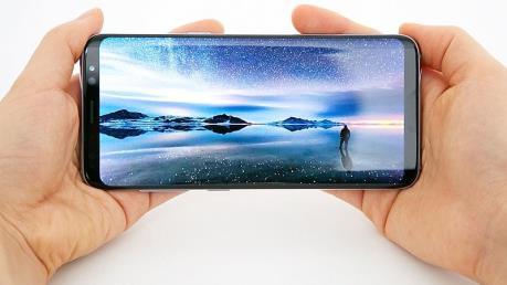 IHS Markit: Màn hình OLED chiếm hơn 60% thị phần màn hình smartphone toàn cầu