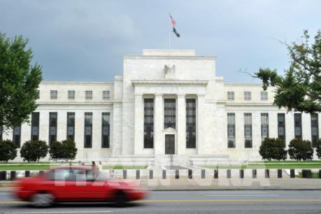 Nhà Trắng kêu gọi FED giảm lãi suất