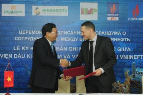 VPI và VNIINEFT hợp tác nghiên cứu nâng cao hệ số thu hồi dầu