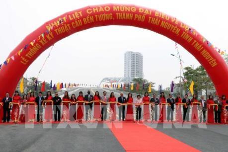 Thông xe cây cầu lớn và hiện đại nhất Thái Nguyên