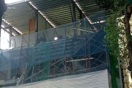 Tạm dừng thi công công trình bị sập giàn giáo tại TP.HCM