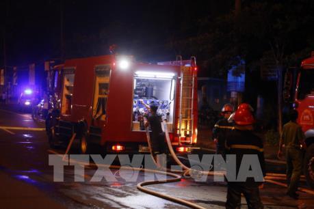 Cháy tại Khu công nghiệp Trà Nóc, Cần Thơ: Đã khống chế được ngọn lửa