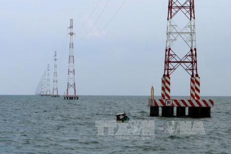 Điện lực miền Nam tập trung hoàn thành đóng điện đường dây 220 kV Kiên Bình – Phú Quốc