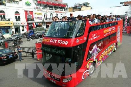 Du lịch Việt Nam: Hà Nội đón vị khách du lịch quốc tế đầu tiên năm 2019