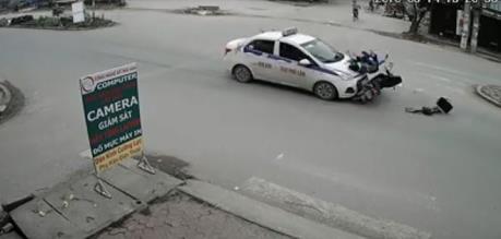 Sẽ khởi tố vụ taxi đâm xe máy làm 7 người thương vong tại Lâm Đồng