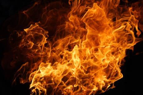 Cháy chung cư, ít nhất 3 người thiệt mạng, 16 người bị thương