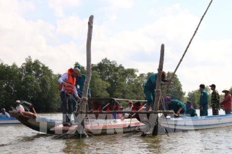 Hoàn thiện quy định về quản lý hoạt động đường thủy nội địa