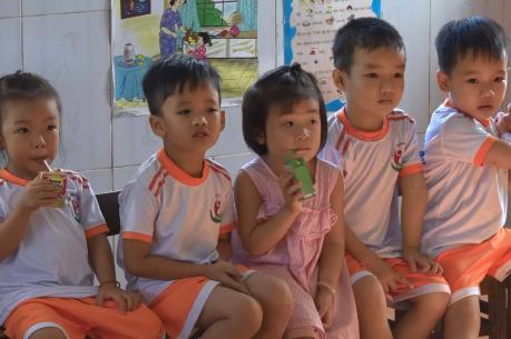 Bình Định: 100% trẻ em dưới 5 tuổi sẽ được dùng sữa học đường