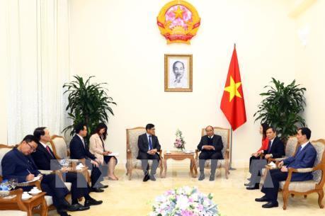 Thủ tướng mong muốn Samsung tiếp tục thực hiện cam kết mở rộng sản xuất tại Việt Nam