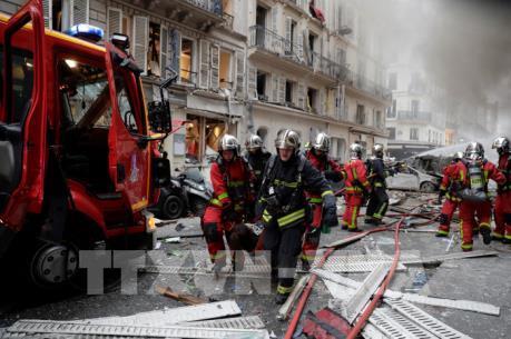 """Nguyên nhân vụ nổ """"rung chuyển"""" trung tâm Paris, Pháp"""