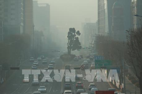 Bụi mịn bao phủ bầu trời Hàn Quốc