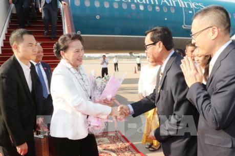 Chủ tịch Quốc hội Nguyễn Thị Kim Ngân đến Campuchia tham dự APPF- 27