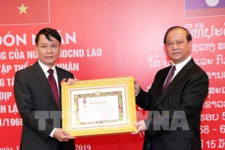 TTXVN đón nhận các Huân chương cao quý của Nhà nước CHDCND Lào