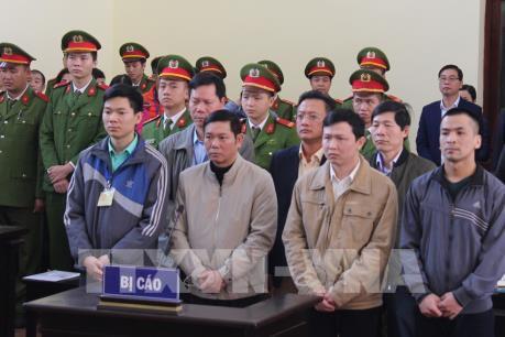 Vụ sự cố y khoa ở BVĐK Hòa Bình: Bị cáo Trần Văn Sơn thừa nhận thiếu trách nhiệm
