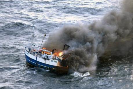 Cháy tàu đánh cá ngoài khơi Hàn Quốc, 1 thuyền viên người Việt mất tích