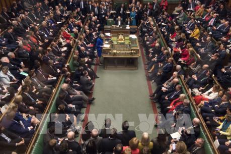 Thủ tướng Anh phải gạt bỏ những giới hạn đỏ về Brexit