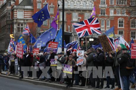 Nhiều nước EU chuẩn bị kế hoạch ứng phó kịch bản Brexit cứng