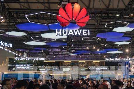 Chính phủ Anh có thể hạn chế rủi ro từ thiết bị mạng 5G của Huawei