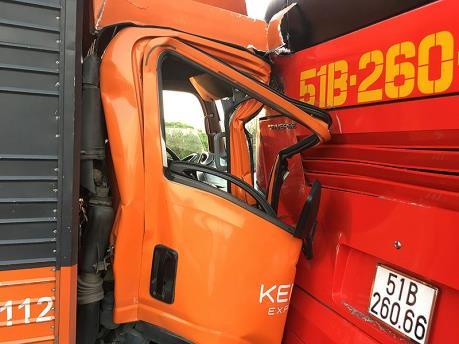 Xảy ra 3 vụ tai nạn ô tô trên cao tốc Tp. Hồ Chí Minh-Trung Lương