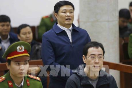 Xử vụ án tại Lọc hóa dầu Bình Sơn: Giảm số tiền cáo buộc chiếm đoạt cho Đinh Văn Ngọc