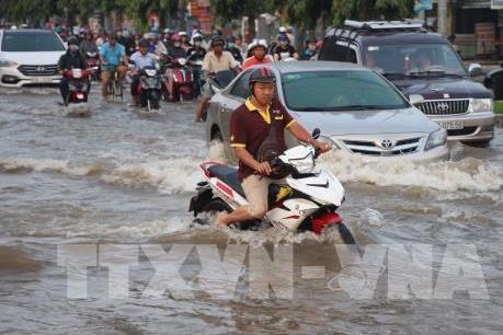 Dự báo thời tiết 2 ngày tới: Đề phòng ngập lụt ở vùng trũng Tp. Hồ Chí Minh