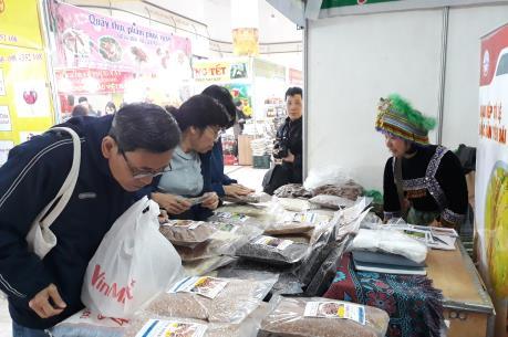 Nhiều nông sản đặc sản phục vụ người tiêu dùng đón Tết