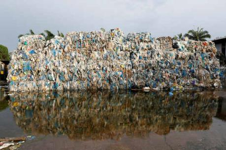 Coca-Cola và Pepsi đồng lòng giảm thiểu rác thải nhựa