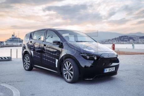 Đức thử nghiệm thành công mẫu xe tự sạc năng lượng khi đang chạy