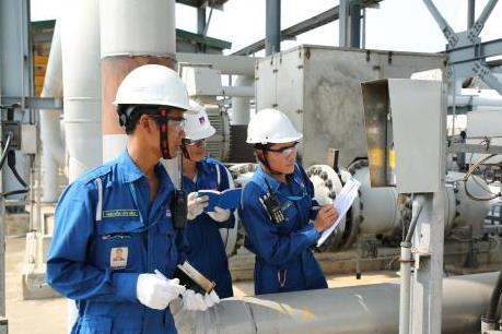 Lọc hóa dầu Bình Sơn vững vàng trong gian khó