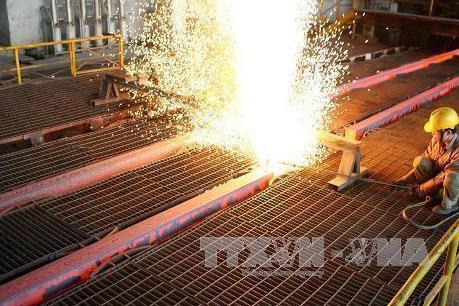 Hòa Phát ký hợp đồng xuất khẩu phôi thép giá trị lớn sang Trung Quốc