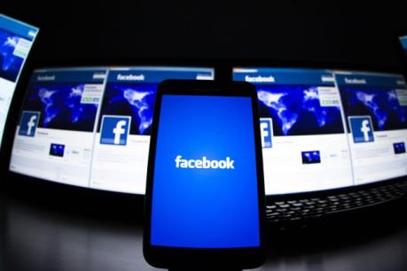 Facebook chi tiền để được phép theo dõi người dùng?