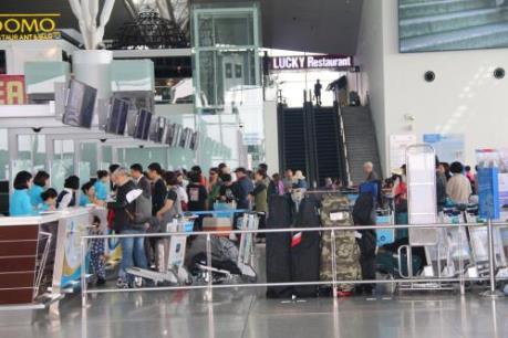 Sân bay Nội Bài hạn chế người đưa tiễn trong giai đoạn cao điểm Tết
