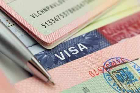 Thay đổi thủ tục cấp thị thực cho lao động nước ngoài trình độ cao tại Mỹ