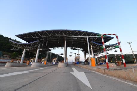 Cao tốc Hạ Long - Vân Đồn chính thức thu phí từ ngày mùng 3 Tết