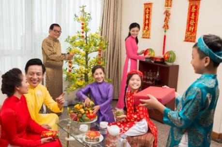 Tết cha, Tết mẹ, Tết thầy: Nét đẹp văn hóa đầu năm của người Việt