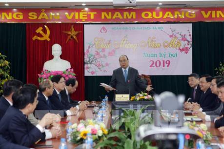 Thủ tướng dự giao ban đầu Xuân tại Ngân hàng Chính sách xã hội