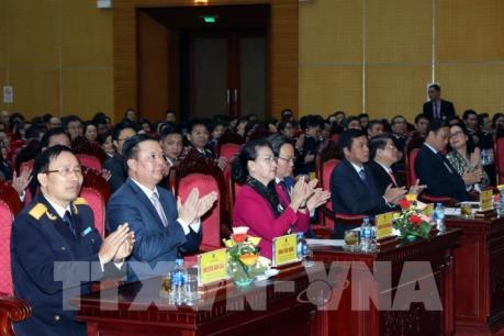 Chủ tịch Quốc hội Nguyễn Thị Kim Ngân thăm và chúc Tết tại Tổng cục Hải quan