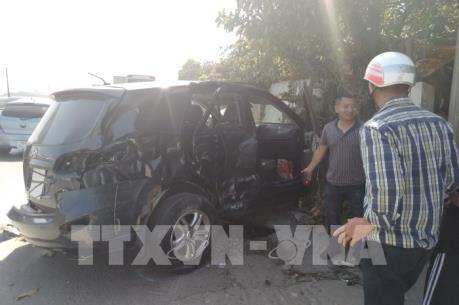 Xác định nguyên nhân vụ xe khách tông xe 7 chỗ tại Thanh Hóa